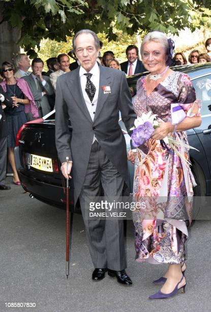 Henri d'Orléans comte de Paris prétendant au trône de France pose le 26 septembre 2009 dans le petit village basque d'Arcangues près de Biarritz en...