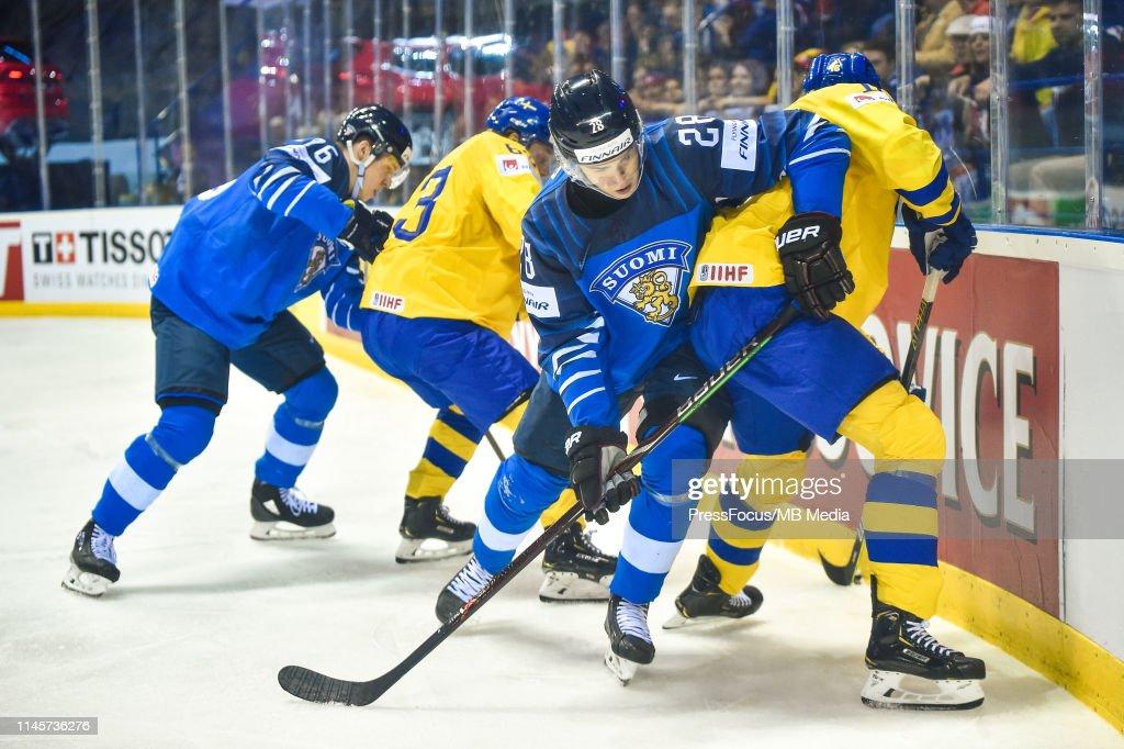 Finland v Sweden: Quarter Final - 2019 IIHF Ice Hockey World Championship Slovakia : News Photo