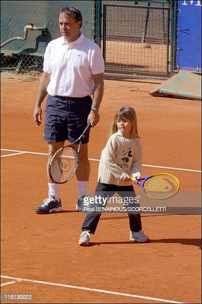 Henri Leconte playing tennis with his children, Sarah Luna and Maxime in Monaco City, Monaco on April 20, 2001 - Patrice Dominguez and Sarah Luna...