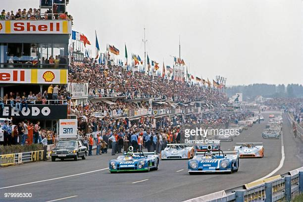Henri Pescarolo JeanPierre Jarier MatraSimca MS670C MatraSimca MS680 24 Hours of Le Mans Le Mans 16 June 1974 The Matra of Henri Pescarolo and...