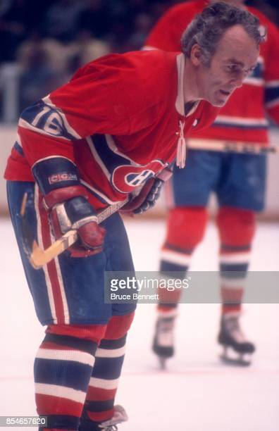 Henri Richard of the Montreal Canadiens skates on the ice during an NHL game against the New York Rangers circa 1972 at the Madison Square Garden in...