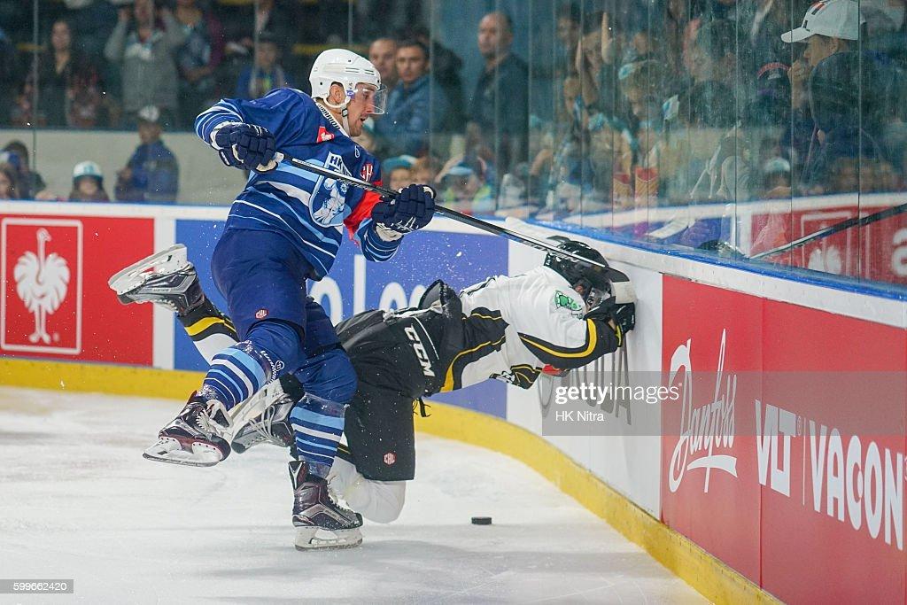 SVK: HK Nitra v Stavanger Oilers - Champions Hockey League