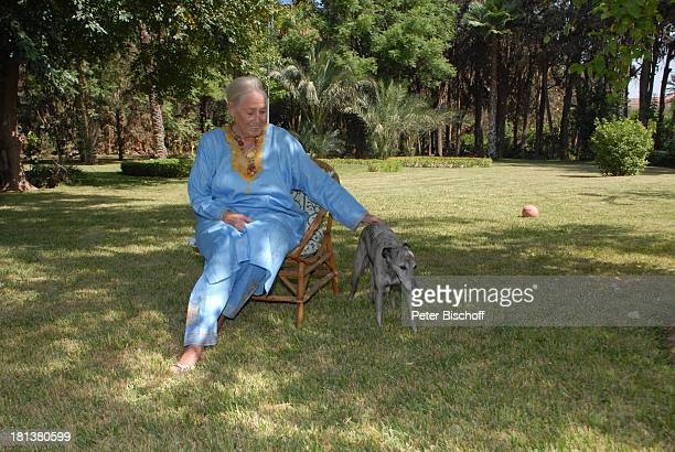 Henriette von Bohlen und Halbach Hund Targui Homestory Villa Bled Targui Marrakesch Marokko Nordafrika Afrika Tier Kaftan Residenz Palast Garten...
