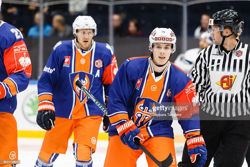 Tappara Tampere v Adler Mannheim - Champions Hockey League : News Photo