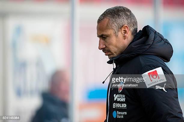 Henrik Larsson head coach of Helsingborgs IF during the Allsvenskan match between Kalmar FF and Helsingborgs IF at Guldfageln Arena on April 25 2016...