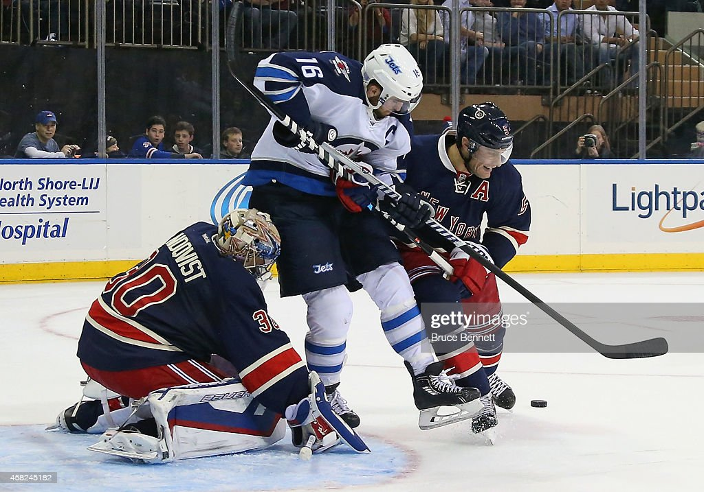 Winnipeg Jets v New York Rangers : News Photo