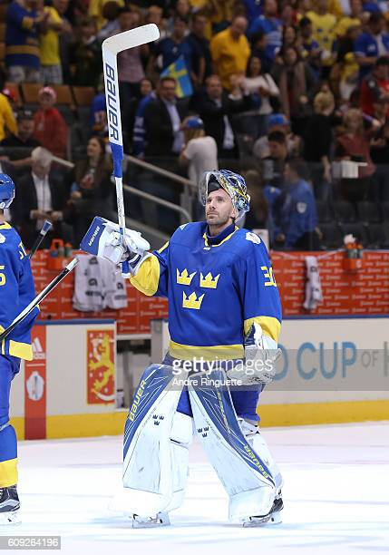Henrik Lundqvist of Team Sweden salutes the crowd after a 20 win over Team Finland during the World Cup of Hockey 2016 at Air Canada Centre on...