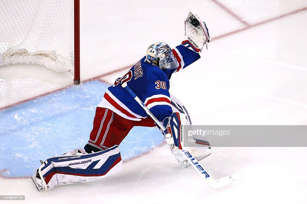 Tampa Bay Lightning v New York Rangers - Game Five : News Photo