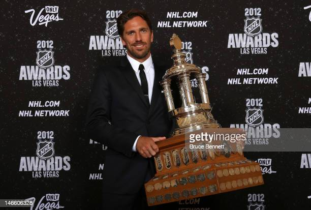 Henrik Lundqvist of the New York Rangers poses after winning the Vezina Trophy during the 2012 NHL Awards at the Encore Theater at the Wynn Las Vegas...