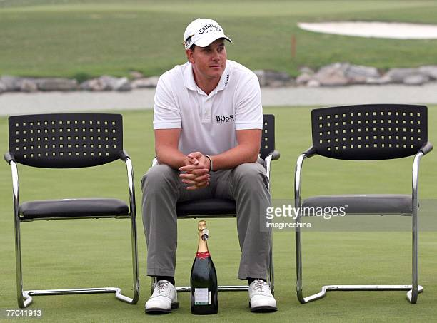 Henrik Stenson of Sweden during the playoff round of the BMW Asian Open 2006 at Tomson Pudong Golf Club in Shanghai, China on 23 April 2006. Spains...