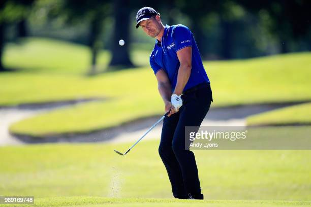 Henrik Stenson of Sweden plays his third shot on the 16th hole during the first round of the FedEx St Jude Classic at TPC Southwind on June 7 2018 in...