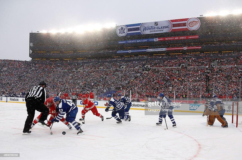 2014 Bridgestone NHL Winter Classic - Toronto Maple Leafs v Detroit Red  Wings   News Photo 8a2435eb6