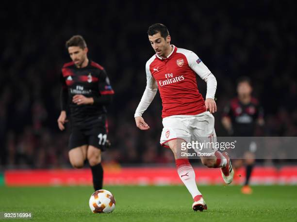Henrikh Mkhitaryan of Arsenal breaks away during the UEFA Europa League Round of 16 Second Leg match between Arsenal and AC Milan at Emirates Stadium...