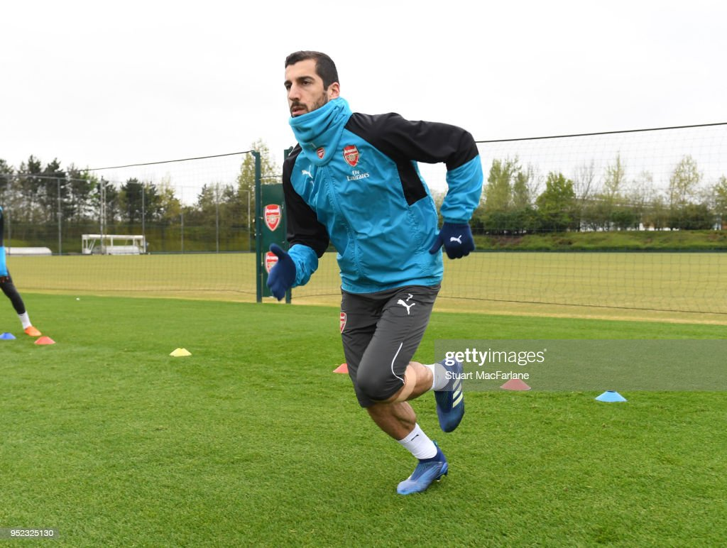 https://media.gettyimages.com/photos/henrikh-mkhitaryan-of-arsenal-during-a-training-session-at-london-on-picture-id952325130?k=6&m=952325130&s=612x612&w=0&h=omW_Gybm_xPD819KWHWQ3Cx3GIIJ_y5PCkVrgLiG44o=