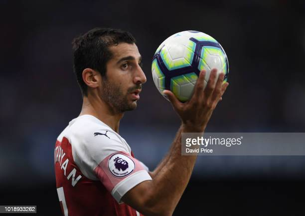Henrikh Mkhitaryan of Arsenal in action during the Premier League match between Chelsea FC and Arsenal FC at Stamford Bridge on August 18 2018 in...