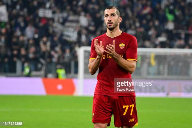 Henrikh Mkhitaryan of AS Roma greets fans after the Serie A match between Juventus and AS Roma at on October 17, 2021 in Turin, Italy.