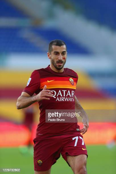 Henrikh Mkhitaryan of AS Roma in action during the Serie A match between AS Roma and Parma Calcio at Stadio Olimpico on November 22, 2020 in Rome,...
