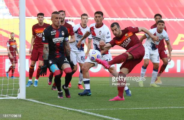 Henrikh Mkhitaryan of A.S Roma shoots and misses during the Serie A match between AS Roma and FC Crotone at Stadio Olimpico on May 09, 2021 in Rome,...