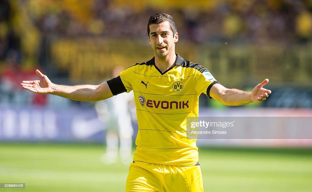 Eintracht Frankfurt v Borussia Dortmund - Bundesliga : News Photo