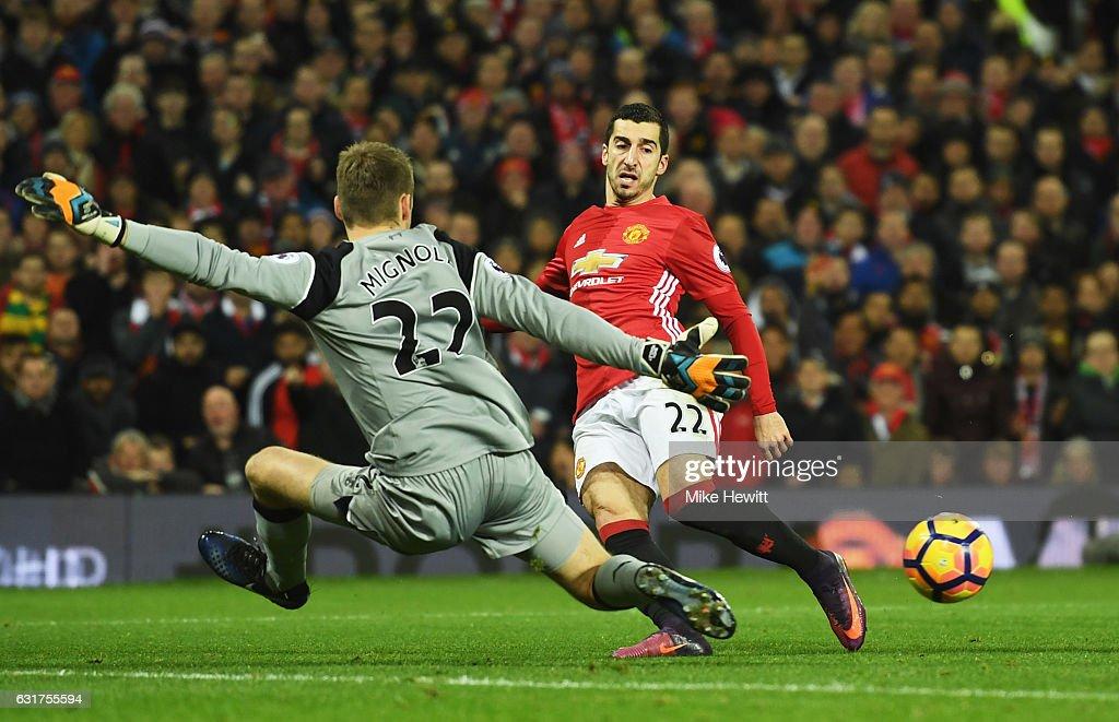 Manchester United v Liverpool - Premier League : News Photo