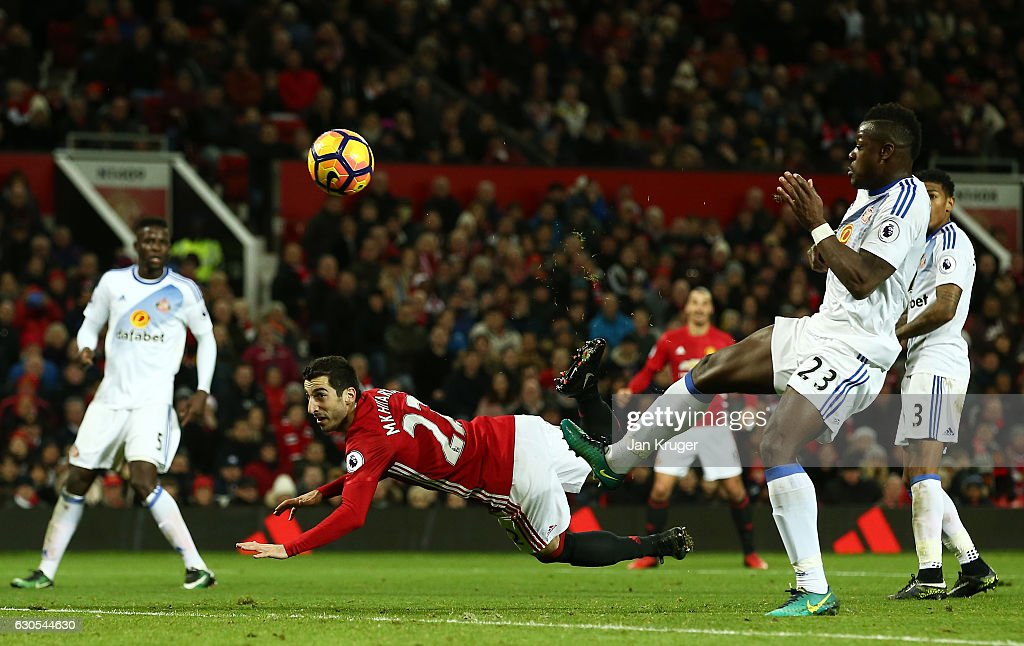 Henrikh Mkhitaryan of Manchester United scores his team's third goal during the Premier League match between Manchester United and Sunderland at Old Trafford on December 26, 2016 in Manchester, England.