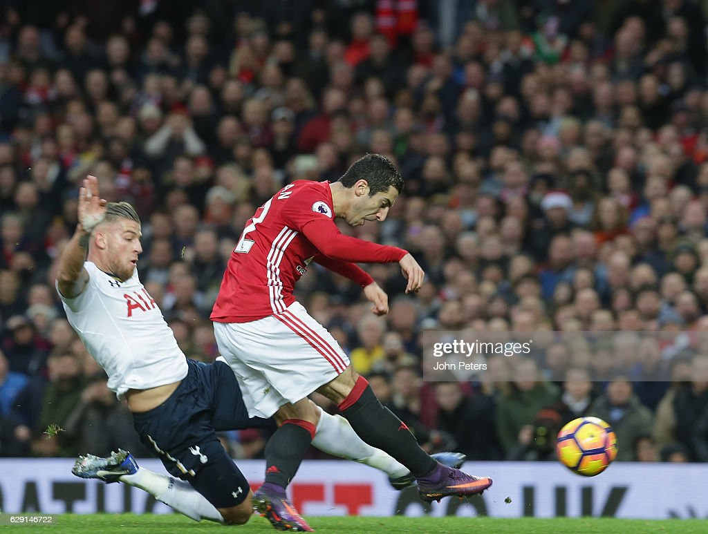 Henrikh Mkhitaryan of Manchester United scores their first goal during the Premier League match between Manchester United and Tottenham Hotspur at Old Trafford on December 11, 2016 in Manchester, England.