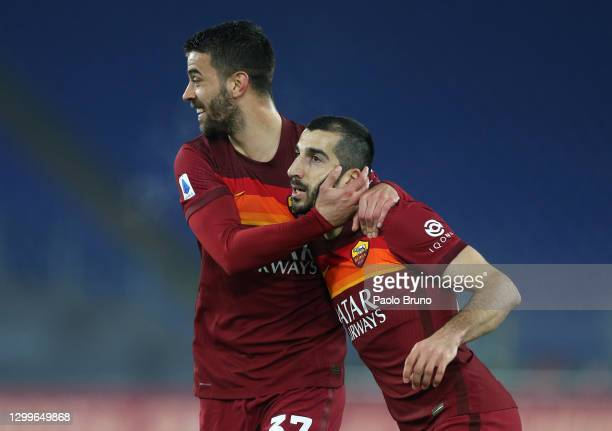 Henrikh Mkhitaryan of Roma celebrates with team mate Leonardo Spinazzola after scoring their side's second goal during the Serie A match between AS...