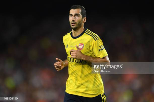 Henrikh Mkhitatyan of Arsenal looks on during the Joan Gamper trophy friendly match between FC Barcelona and Arsenal at Nou Camp on August 04, 2019...