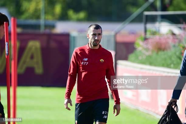 Henrikh Mkhtaryan during an AS Roma training session at Centro Sportivo Fulvio Bernardini on October 14, 2021 in Rome, Italy.