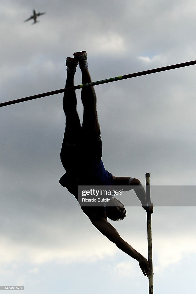 Henrique Camargo Martins, from Brazil, competes in the Pole Vault Final event during the third day of the Trofeu Brazil/Caixa 2012 Track and Field Championship at êcaro de Castro Mello Stadium on June 29, 2012 in Ibirapuera, Sao Paulo, Brazil.