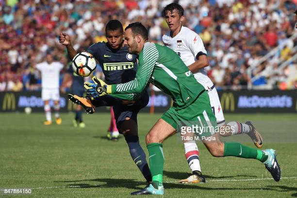Henrique Dalbert and Samir Handanovic of Internazionale in action during the Serie A match between FC Crotone and FC Internazionale at Stadio...