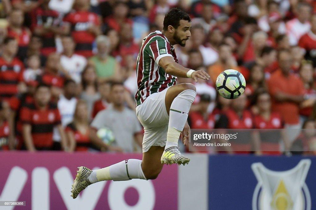 Henrique Dourado of Fluminense in action during the match between Fluminense and Flamengo as part of Brasileirao Series A 2017 at Maracana Stadium on June 18, 2017 in Rio de Janeiro, Brazil.