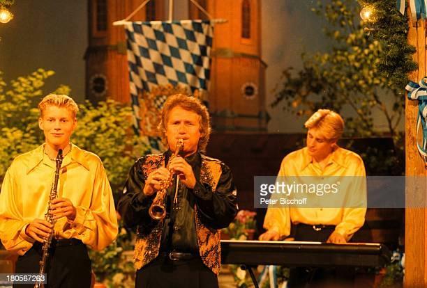Henry Arland Maxi Arland Hansi ArlandZDFShow Die volkstümliche HitparadeAuftritt München BavariaStudiosMusiker Söhne
