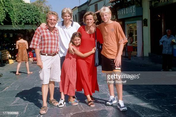 Henry Arland Sohn Maxi Arland Freundin Silke Wernicke davor Tochter Victoria Sohn Hansi Arland Urlaub auf Insel Rhodos OstÄgäis Griechenland Europa...