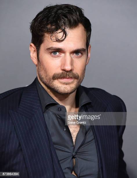 "Henry Cavill arrives at the Premiere Of Warner Bros. Pictures' ""Justice League"" at Dolby Theatre on November 13, 2017 in Hollywood, California."