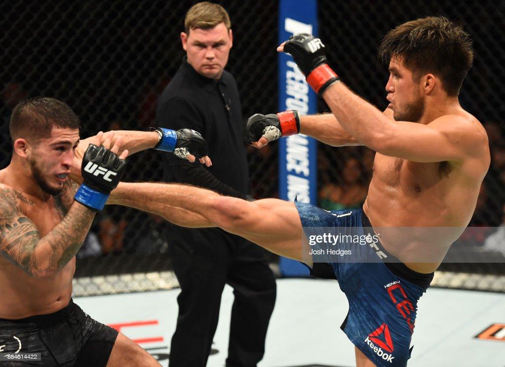 UFC 218: Cejudo v Pettis : News Photo