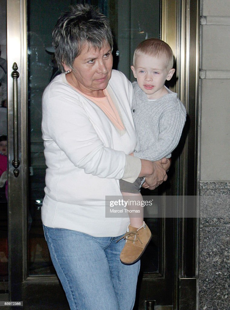 Henry Daniel Moder Son Of Actress Julia Roberts Is Seen On The Streets Of  Manhattan On