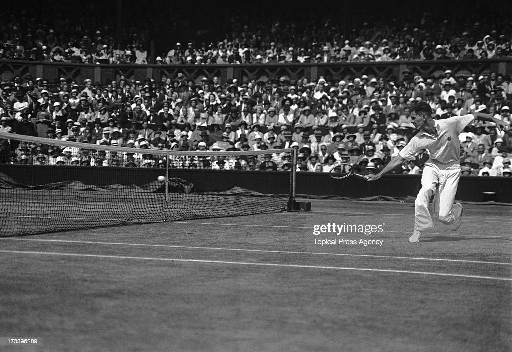Ellsworth Vines Beaten In Wimbledon Final : News Photo