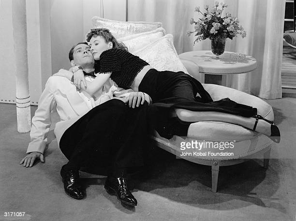 Henry Fonda and Barbara Stanwyck in a scene from the romantic comedy 'The Lady Eve' directed by Preston Sturges