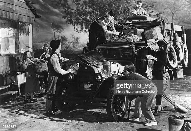 Henry Fonda gives an academy award winning performance as Tom Joad in a scene from the film 'The Grapes of Wrath' directed by John Ford and produced...