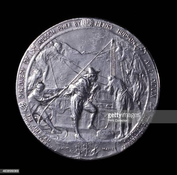 Henry Hudson English navigator medal showing him ascending the Hudson River to Albany in 1609