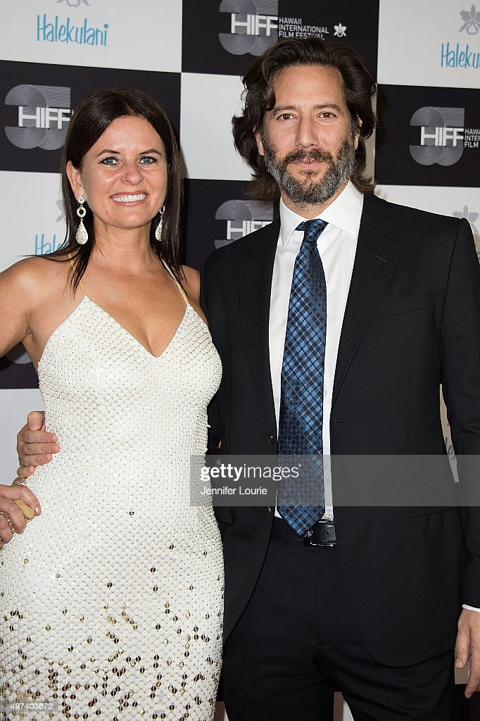 Henry Ian Cusick (R) and guest arrive at the 2015 Hawaii International Film Festival Awards Gala on November 15, 2015 in Honolulu, Hawaii.