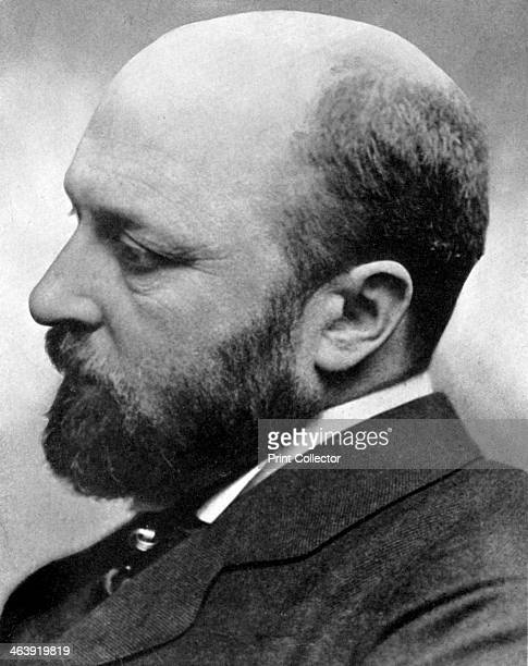 Henry James American novelist late 19thearly 20th century Although born in the USA Henry James travelled extensively to Europe and lived primarily in...