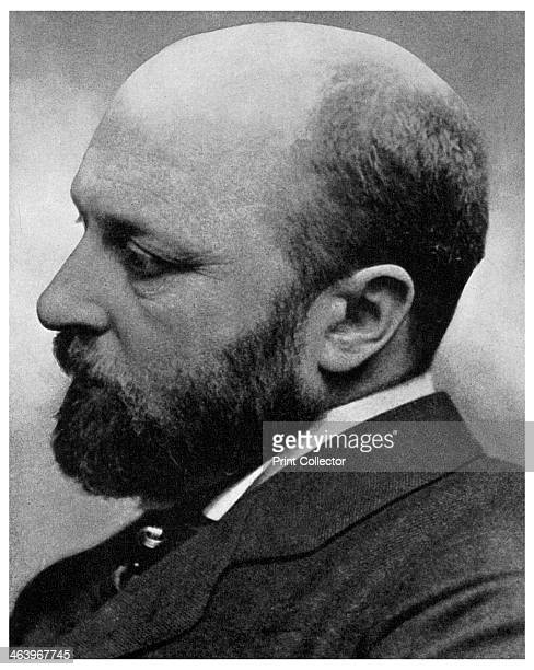 Henry James Americanborn British novelist 1890 Although born in the USA Henry James travelled extensively to Europe and lived primarily in England...