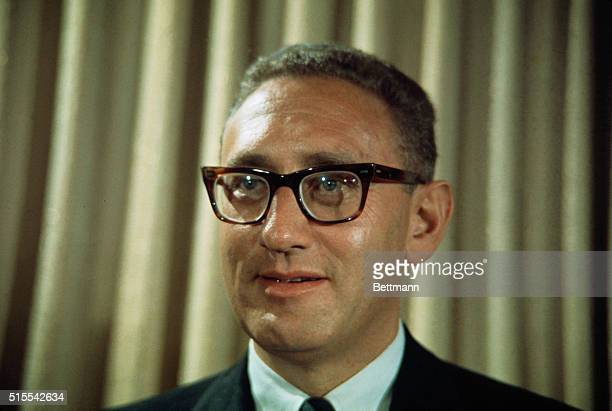 Henry Kissinger named an assistant to President elect Nixon for National Security Affair.