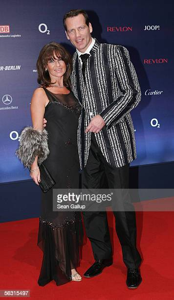 Henry Maske and his wife Manuela arrive at the Bambi Awards 2005 December 1, 2005 at the Messehalle in Munich, Germany.