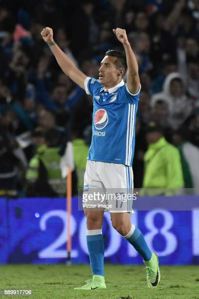 Henry Rojas of Millonarios celebrates after the second leg match between Millonarios and America de Cali as part of the Liga Aguila II 2017...