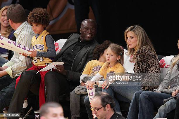 Henry Samuel Seal Leni Samuel and Heidi Klum attend a game between the New Orleans Hornets and the Los Angeles Lakers at Staples Center on January 7...