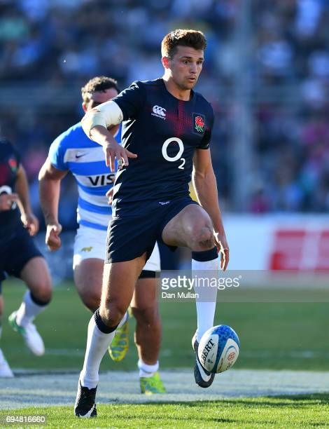 Henry Slade of England kicks through to set up his side's second try during the ICBC Cup match between Argentina and England at the Estadio San Juan...