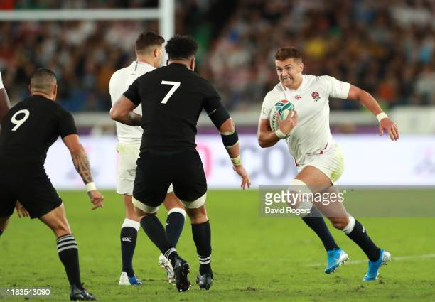 Henry Slade of England on the charge during the Rugby World Cup 2019 Semi-Final match between England and New Zealand at International Stadium...